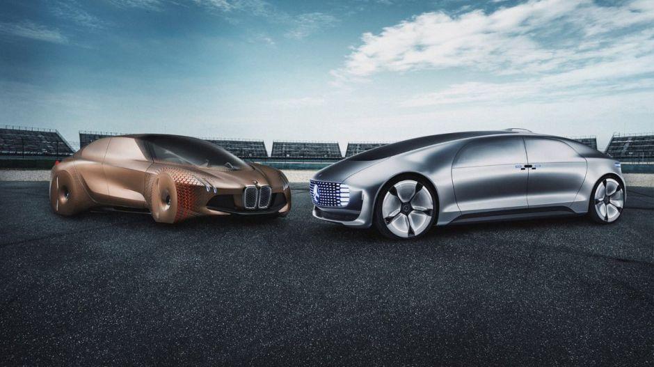 Sigue la innovación en autos autónomos: BMW y Daimler se unen para crear una línea