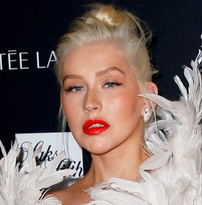 Christina Aguilera intentó besar a Pink en una noche de fiesta jugando a la botella
