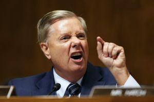 ¿Guerra al interior del partido republicano por el muro fronterizo?