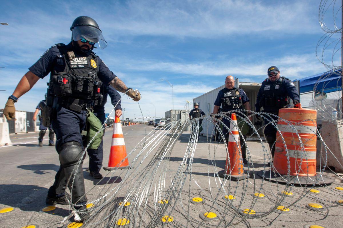 Autoridades federales y estatales en México realizan operativos para controlar a inmigrantes centroamericanos.