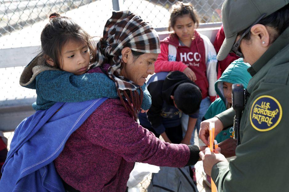 """La ciudad fronteriza que planea ser la """"más acogedora"""" para inmigrantes y refugiados"""