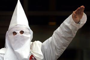 Periódico de Alabama llama al resurgimiento del KKK y todo termina mal