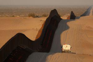 Culpables por dejar agua y comida en el desierto para salvar a migrantes indocumentados