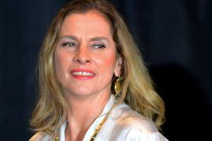 Beatriz Gutiérrez, esposa de AMLO se disculpa por comentario sobre padres de niños con cáncer