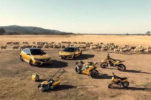 Honda celebra sus 50 años en Australia y cubre todos sus vehículos - y podadoras - en color oro