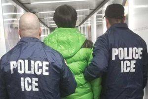 """Esta es la forma en que agentes de ICE han logrado evitar políticas de ciudades """"santuario"""""""