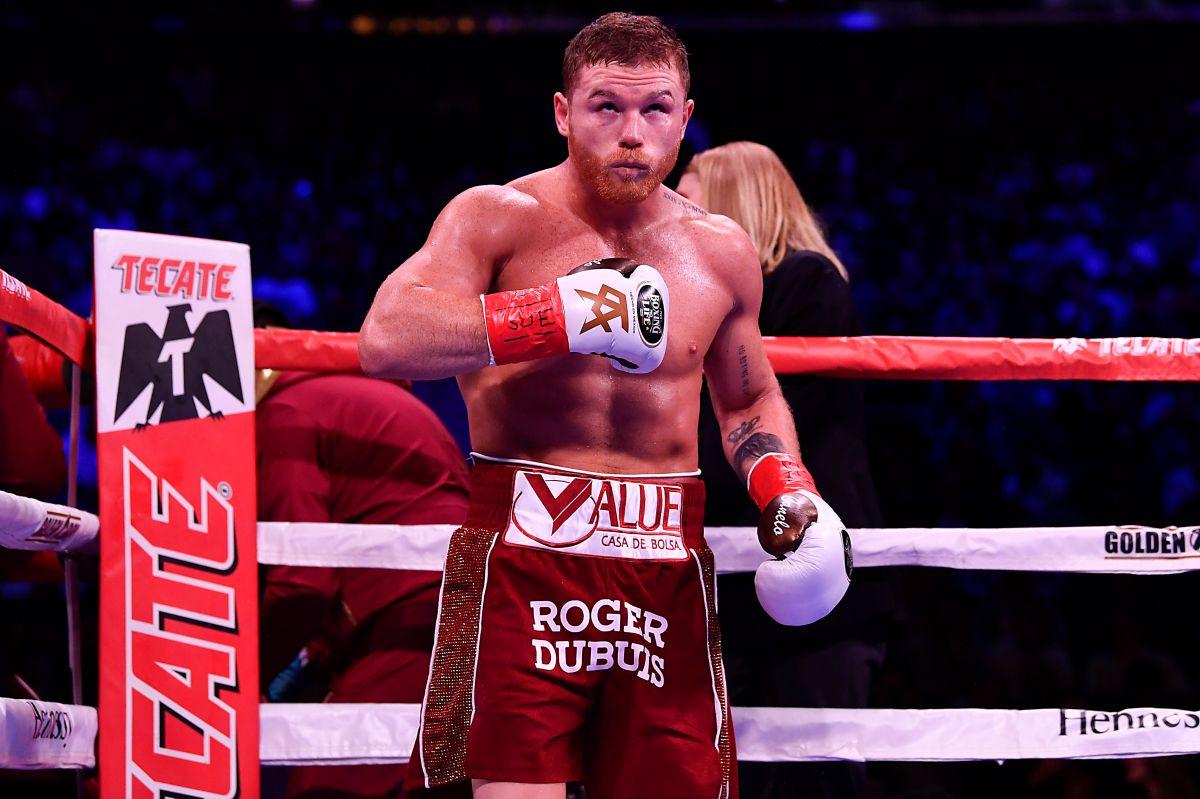 Saúl Álvarez se inclinó por el combate frente a Saunders y dejó a un lado a Callum Smith.