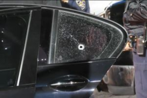 Niño de 10 años herido por impacto de bala en la cara durante tiroteo en autopista 15
