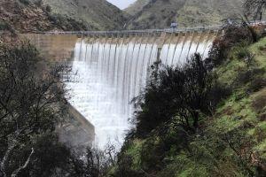 Lagos y reservas de agua en California se benefician de la lluvia