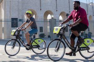 Sistema de bicicletas compartidas llega a nuevos barrios de Los Ángeles