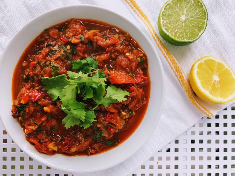 Empezaron con la salsa Chilttepica, una combinación del nombre de este chile con pica, y posteriormente introdujeron a su abanico de productos