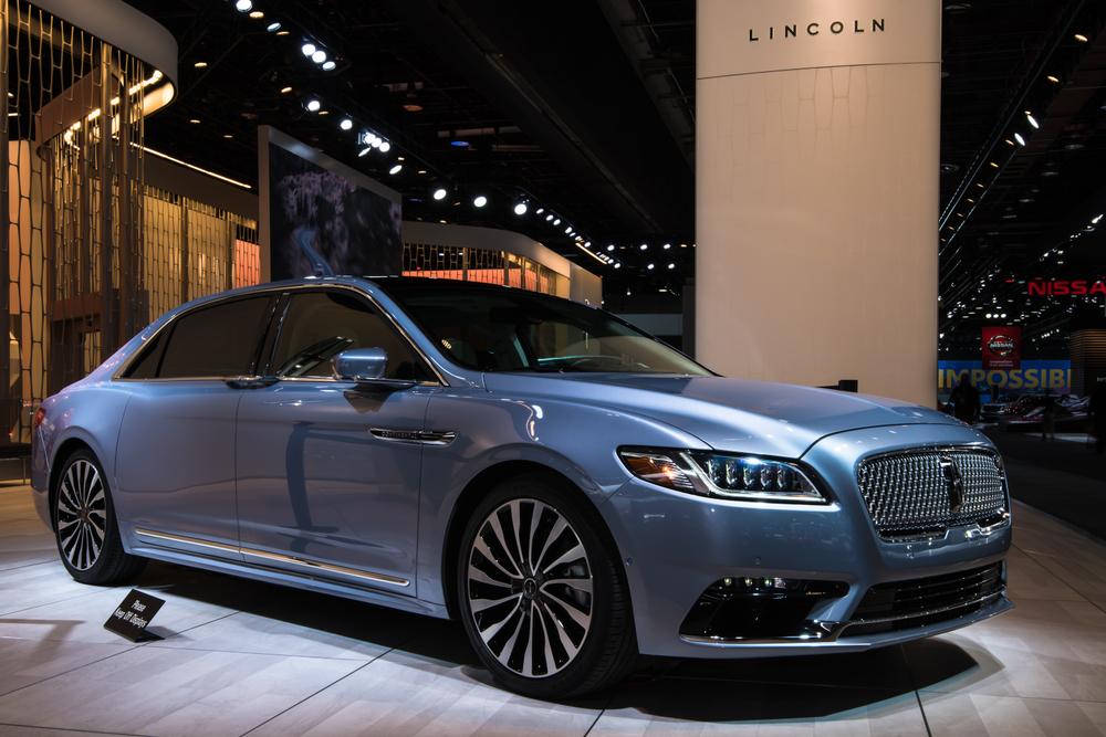 Descubre por qué el Lincoln Continental 2019 permite conducir a diario con lujo y confort