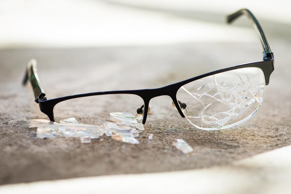 Niño a punto de perder la vista tras ser víctima de bullying