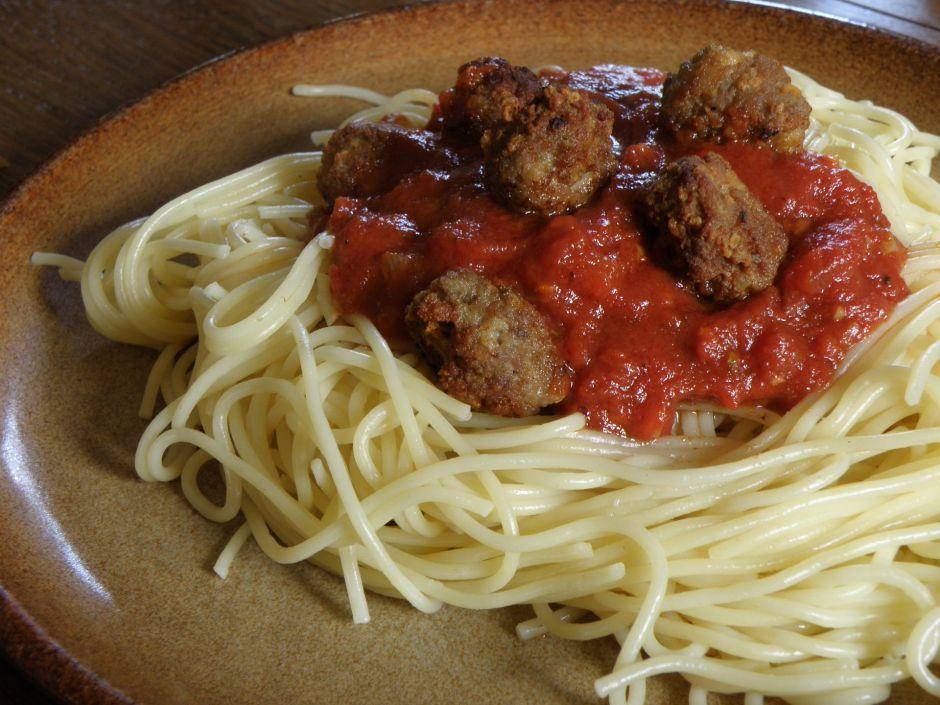 Le cortó el pene por infiel y decidió hacer espagueti con él