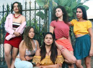 Teatro Luna: Latinas cuentan su historia, con toque político, desde el corazón de Los Ángeles