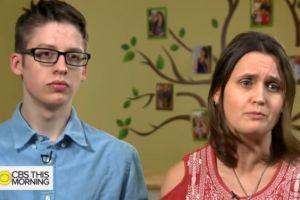 Sus padres son antivacunas y celebró sus 18 años inmunizándose