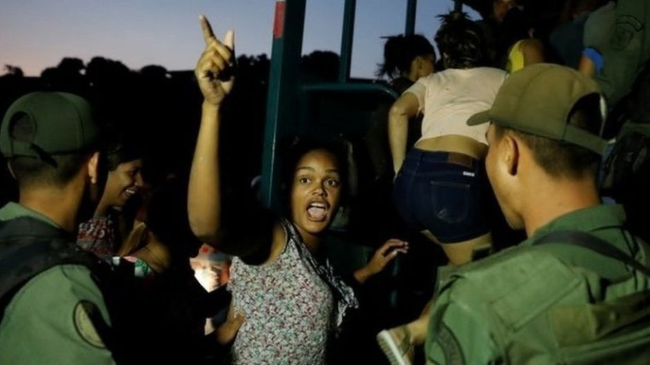 "Saqueos y desesperación en Venezuela tras 5 días ""a oscuras"""