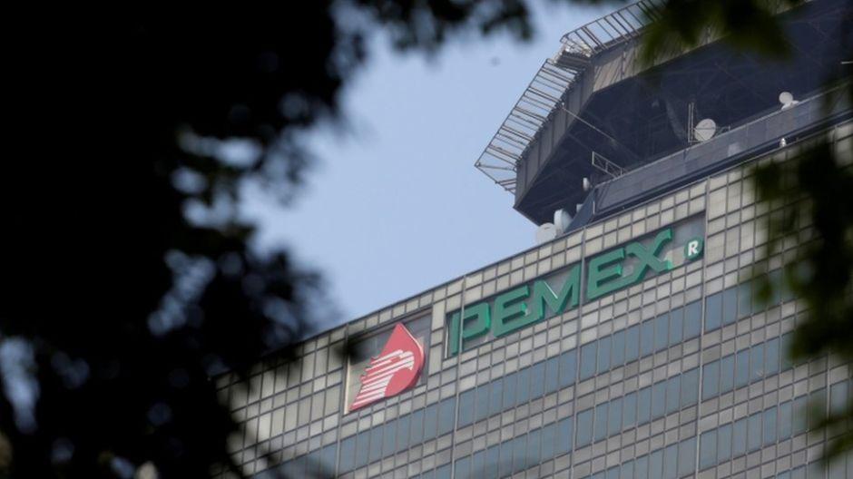 AMLO anuncia Plan de Negocios para fortalecer a Pemex