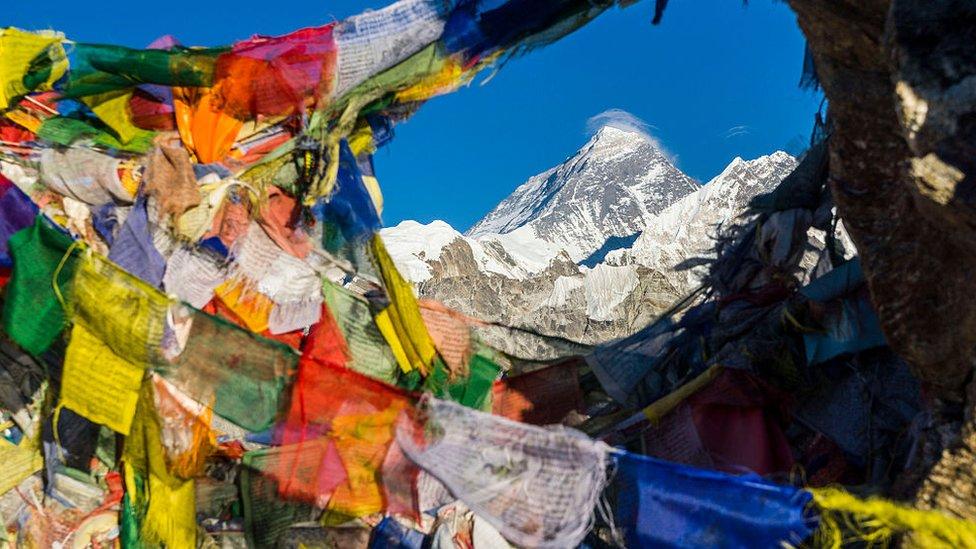 Los 6 gráficos que demuestran cuán mortífero es el Monte Everest