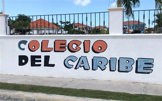 Cura que abusó de niños en Nueva Jersey ahora enseña a niños en República Dominicana