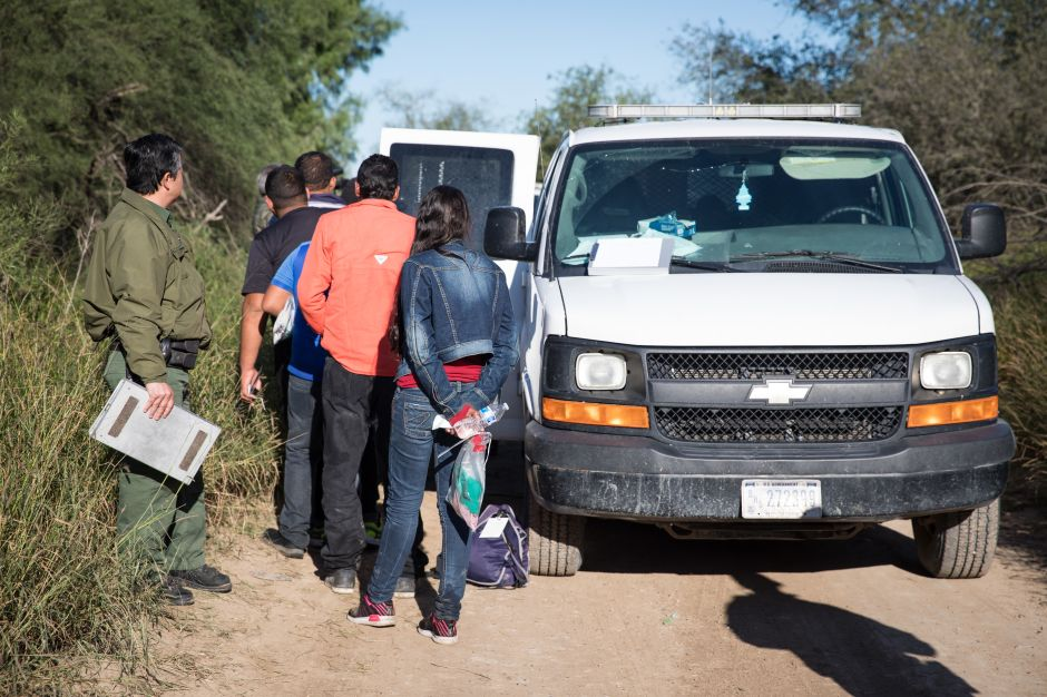 Arrestan a cerca de 300 familias y menores no acompañados en el Valle del Río Grande