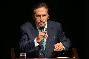 Arrestan borracho a ex presidente peruano Toledo en California, buscado por Interpol