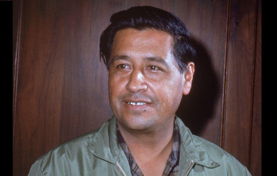 El FBI vigiló a César Chávez y a otros líderes chicanos, denuncia académico