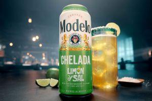¿Tienes sed? Modelo lanza nueva Chelada Limón y Sal lista para beber