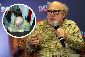 Danny DeVito de 'Dumbo' sufre terrible caída que quedó grabada en video