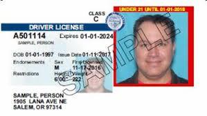 Oregon considera otorgar licencias de conducir a inmigrantes indocumentados