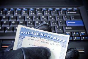 ¿Cómo podemos evitar los fraudes en el sistema de salud?
