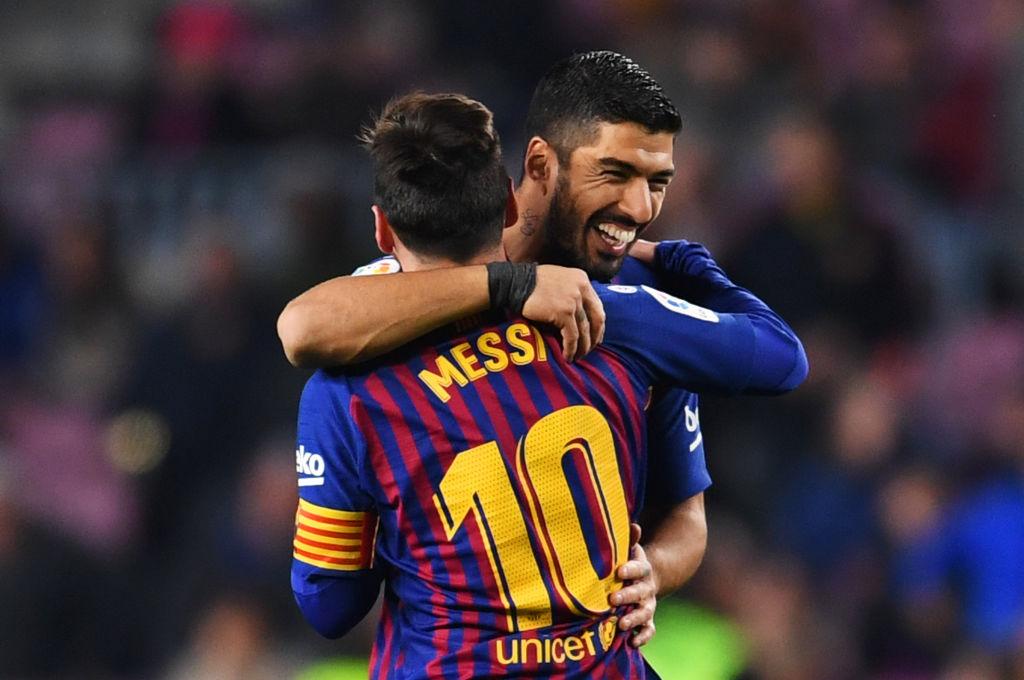 El abrazo Messi-Suárez: Una imagen que no se repetirá nunca más.
