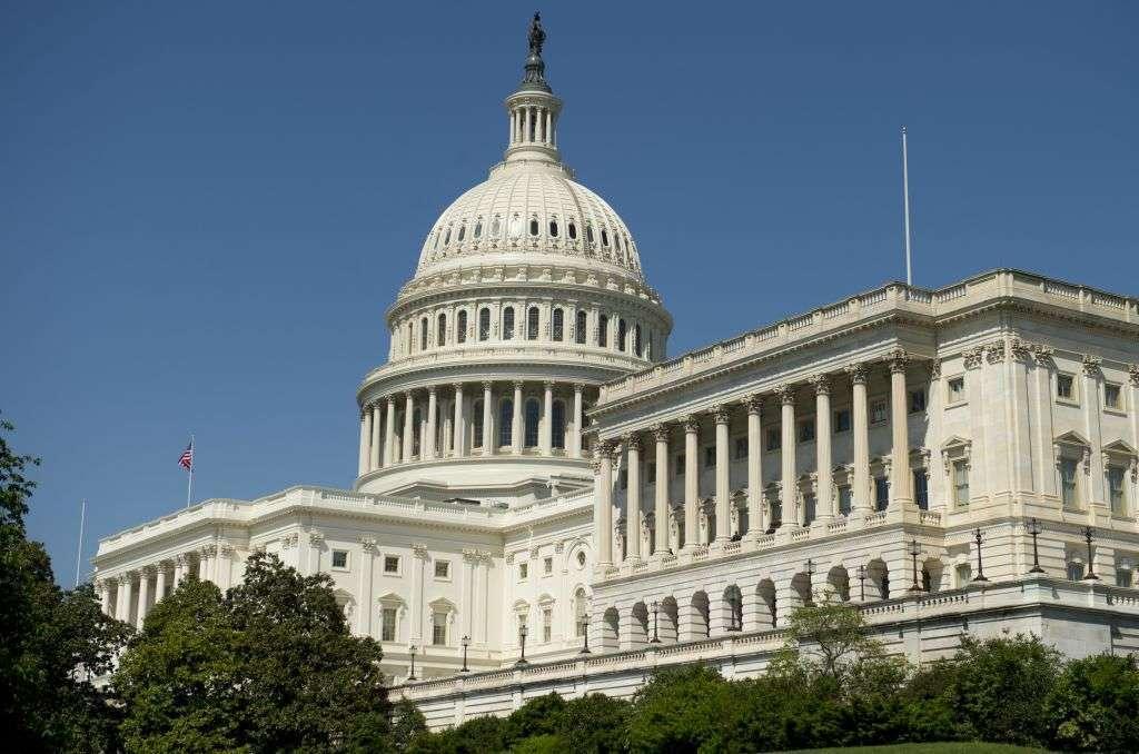 ¿Se están preparando los senadores para el proceso que arrebataría la presidencia a Trump?
