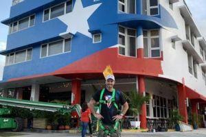Julián Gil apelará para que le dejen la bandera puertorriqueña en su restaurante