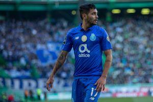El Porto de 'Tecatito' busca el liderato ante el Santa Clara en la liga portuguesa