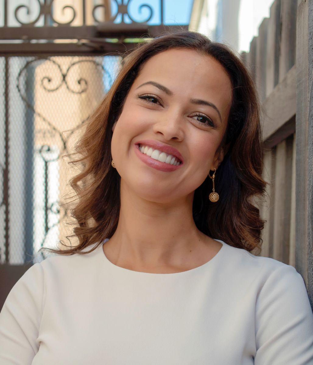 Conoce a la primera inmigrante en ser comisionada del Departamento de Agua y Energía de L.A.