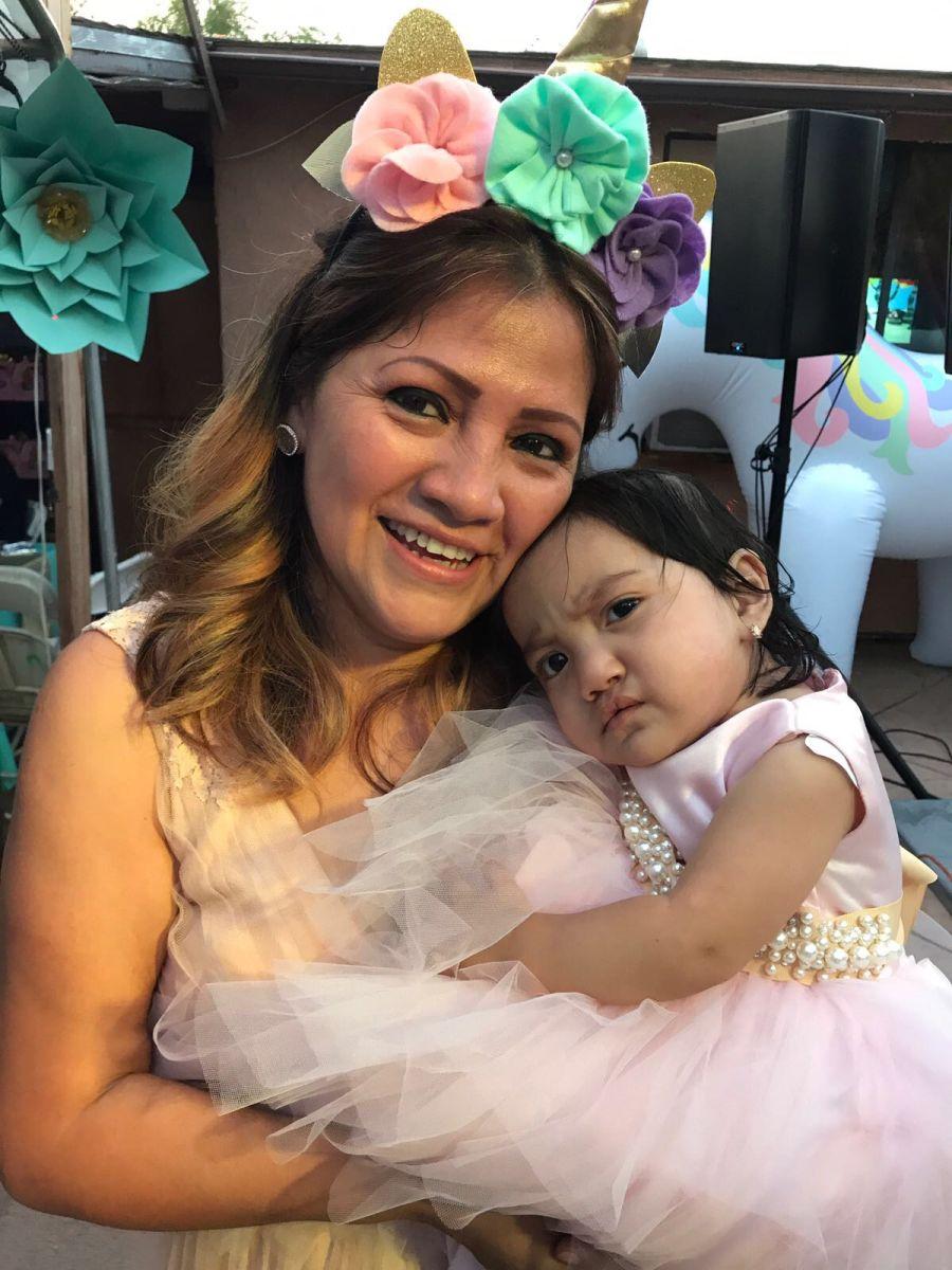 Madre guatemalteca obtiene estadía humanitaria por su hija con labio leporino