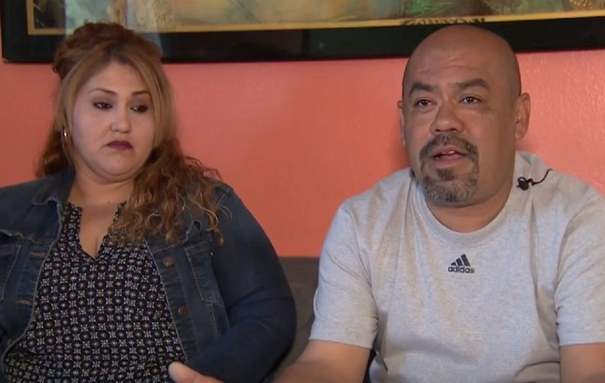 Jair Solís pelea para evitar ser deportado.