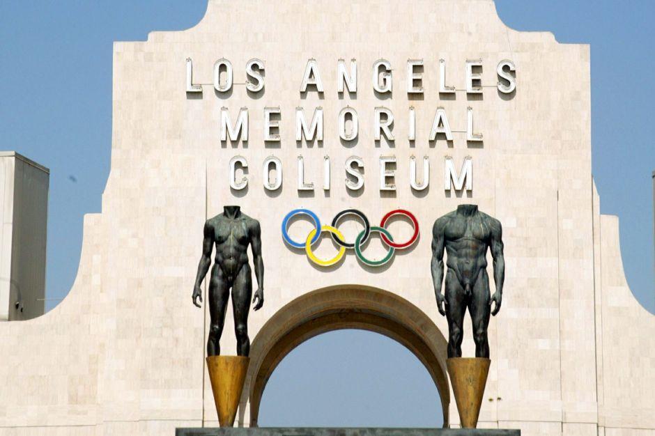 Controversia por posible cambio de nombre al Coliseo de la Memoria de Los Ángeles