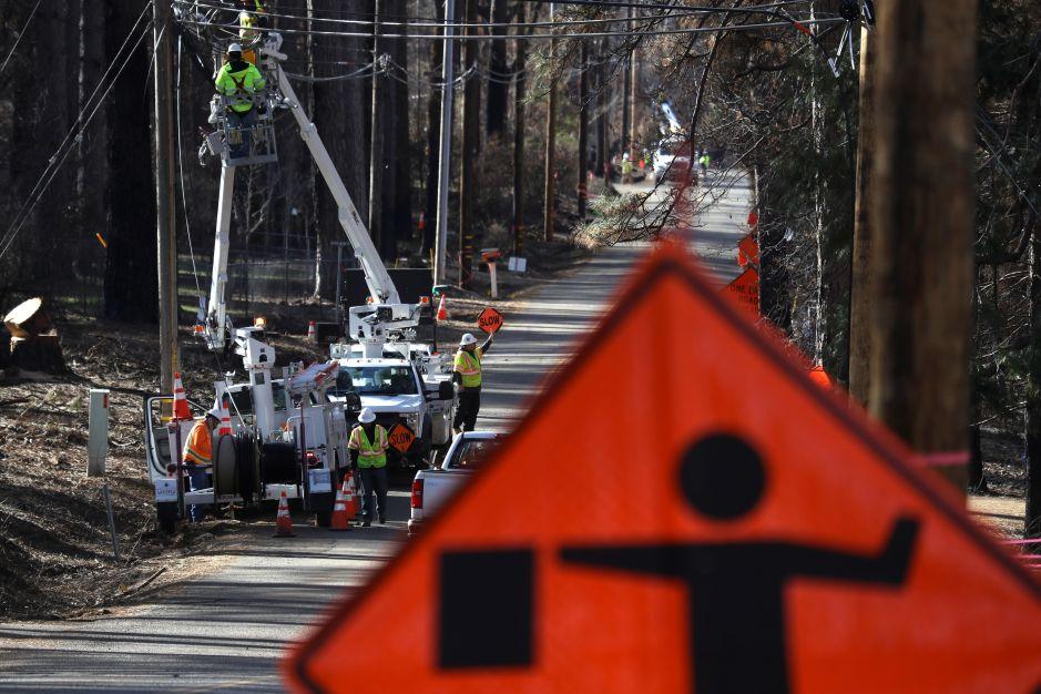 """Eléctrica PG&E admite ser causa """"probable"""" del incendio más mortífero de California"""