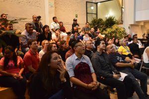 Repatriados quieren ser parte del programa de becas y tutorías de AMLO