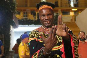Príncipe de Camerún se declara fan de Tigres