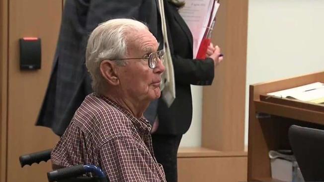 Hombre de 92 años recibe sentencia tras admitir haber matado a su hijo