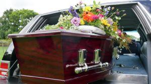 Creían que velaban a su abuela sin imaginar que la funeraria había perdido el cuerpo