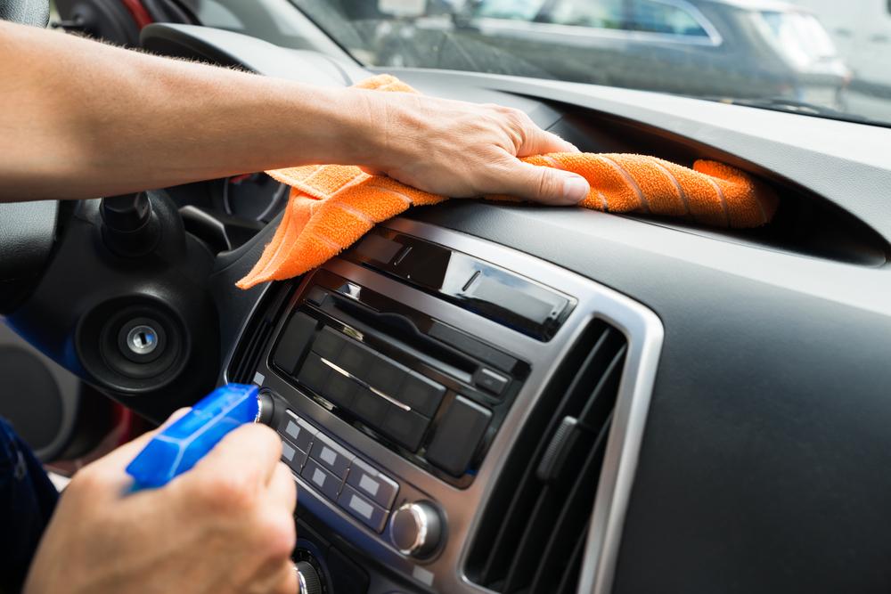 9 consejos para limpiar y mantener tu vehículo durante la primavera