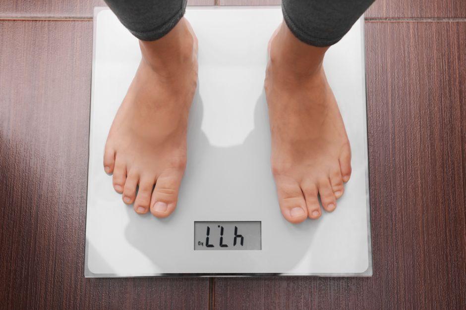 ¿Cómo puedo calcular mi índice de masa corporal si quiero perder peso?