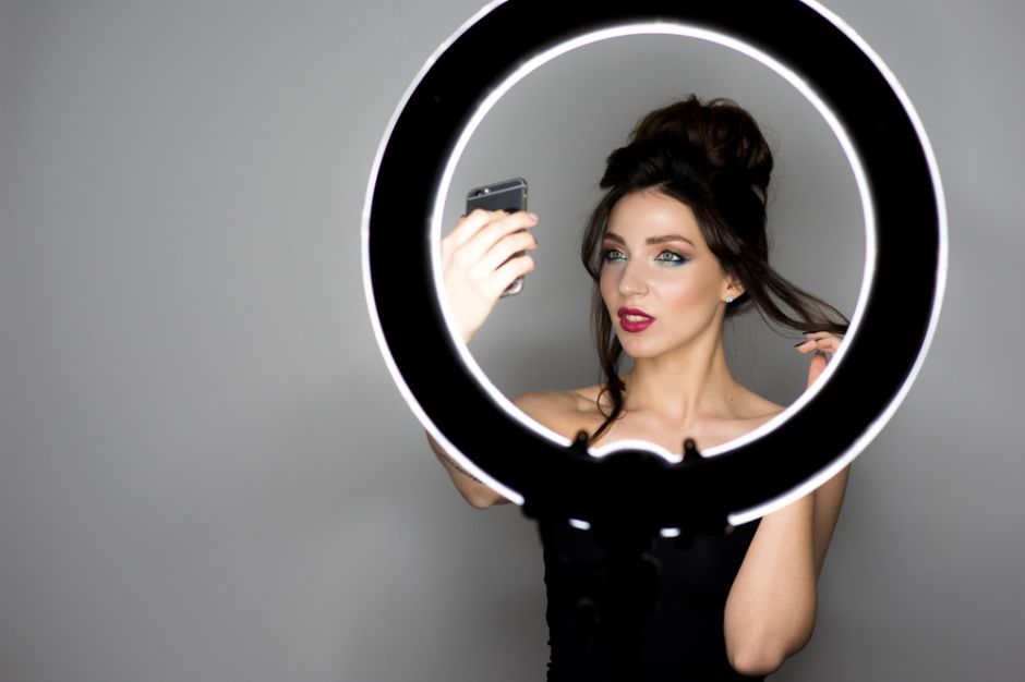 Las 5 mejores luces de anillo para que saques las mejores fotos y vídeos para tus redes sociales