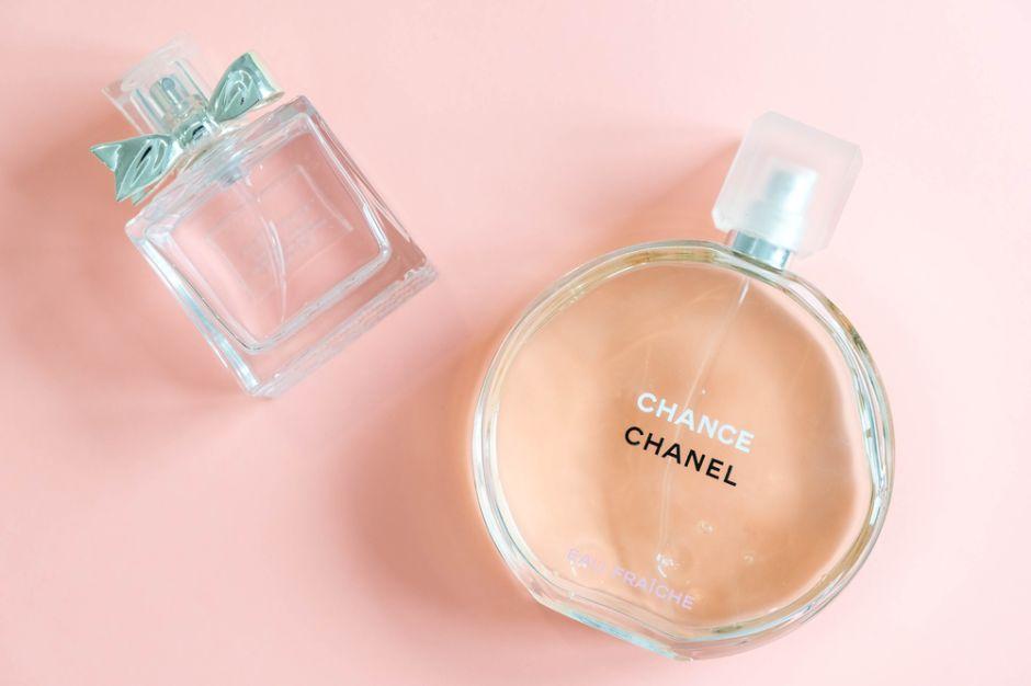 4 perfumes marca Chanel para mujeres elegantes y sofisticadas