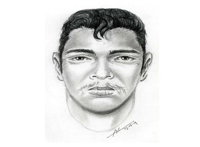 El hombre la empujó hacia su casa donde la atacó física y sexualmente.