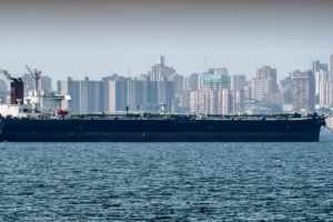 EEUU anuncia sanciones a 35 cargueros usados para transportar a Cuba petróleo venezolano